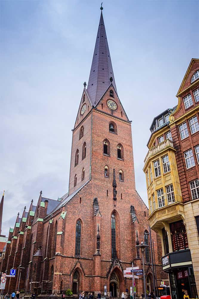 Amburgo cosa vedere in 3 giorni chiesa san pietro