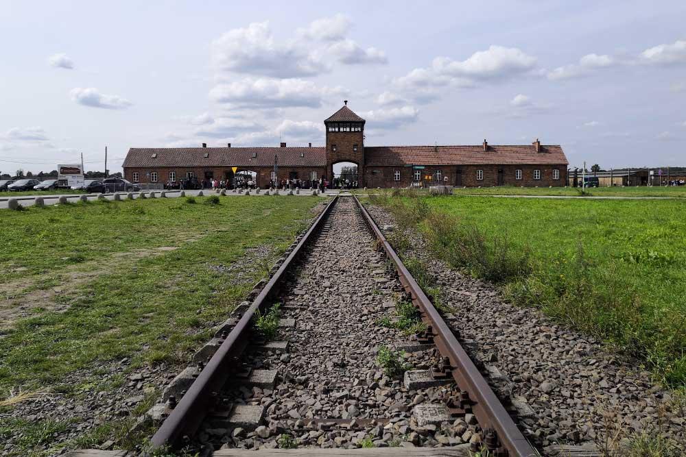 campi di concentramento Auschwitz Birkenau ingresso