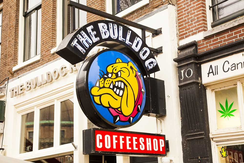 Amsterdam-cosa-vedere-in-4-giorni-coffee-shop