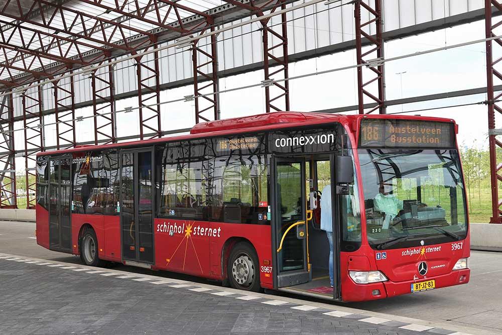 come-muoversi-ad-amsterdam-autobus-connexxion