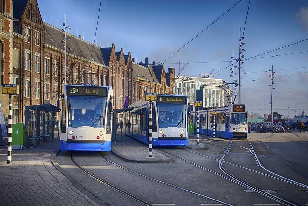 come-muoversi-ad-amsterdam-tram