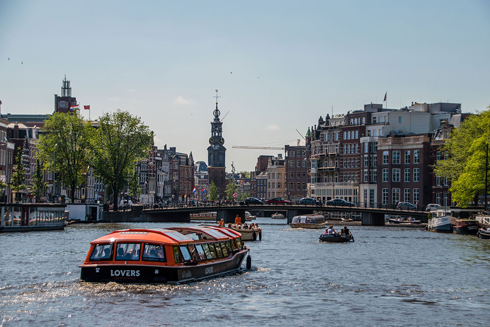 come-muoversi-ad-amsterdam-crociera-sui-canali