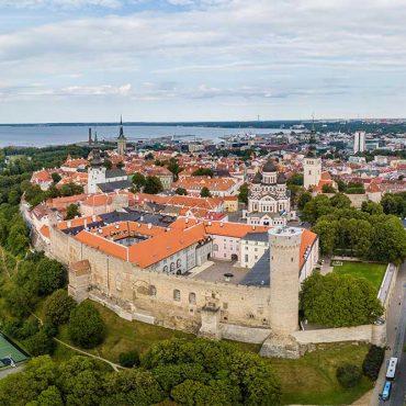 Cosa vedere a Tallin? Le 15 attrazioni imperdibili e i 3 punti panoramici più belli!
