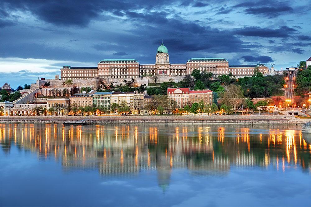 10-cose-da-vedere-a-Budapest-castello-palazzo-reale