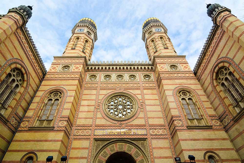 10-cose-da-vedere-a-Budapest-grande-sinagoga-ebraica