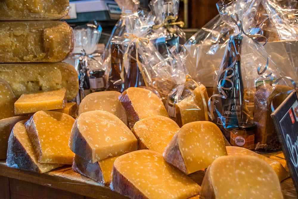 Rotterdam-cosa-vedere-selezione-di-formaggi