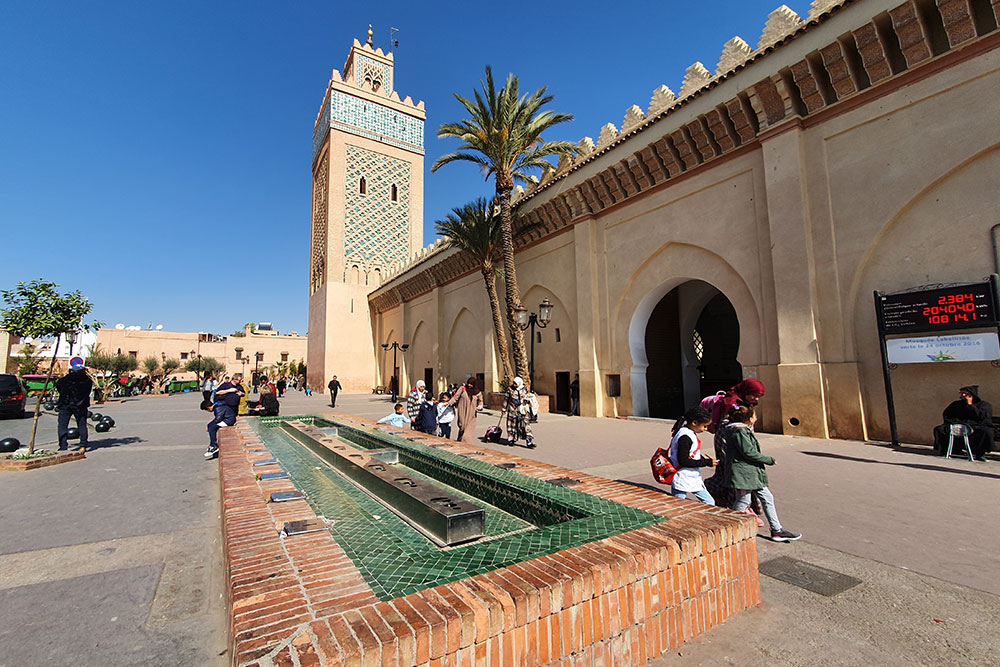 a-Marrakech-moschea-tombe