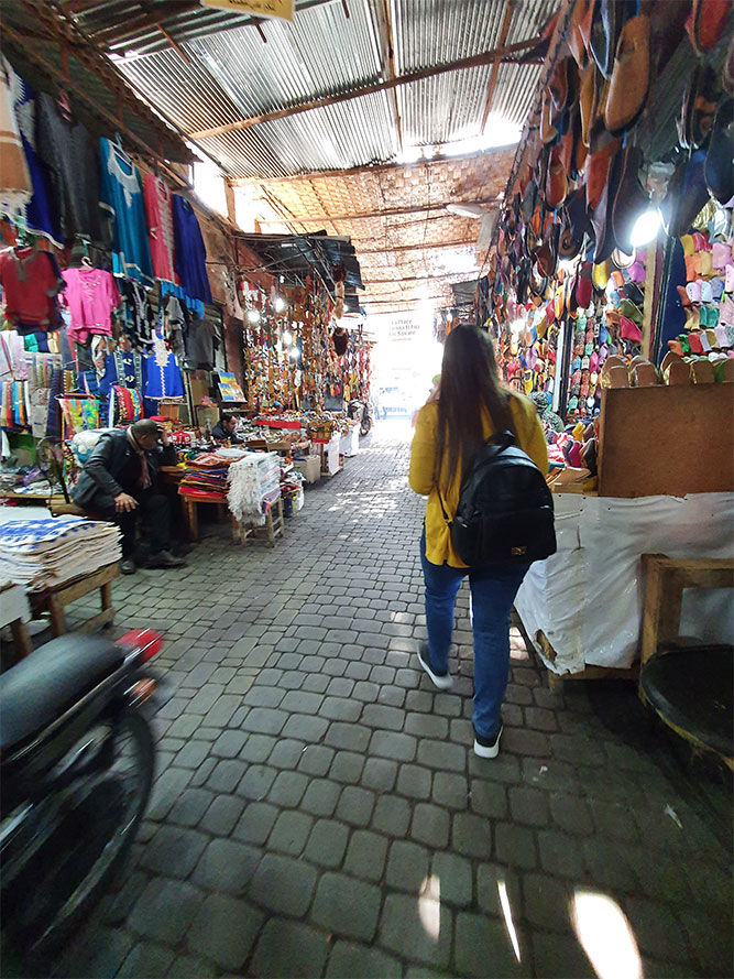 a-Marrakech-souk-medina