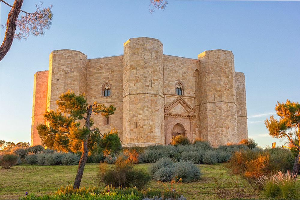 Castelli-in-Italia-castel-del-monte-andria