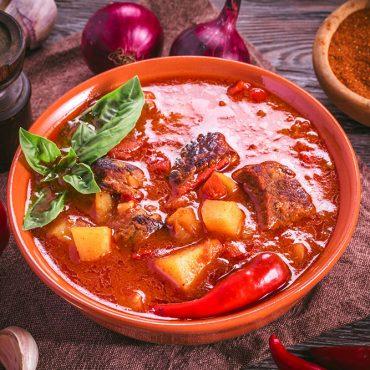 Cosa mangiare a Budapest: 7 piatti imperdibili della cucina Ungherese!