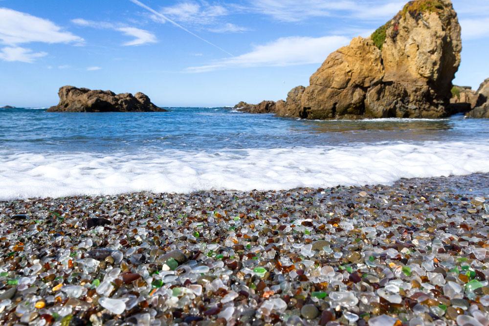 spiagge-nel-mondo-glass-beach-california