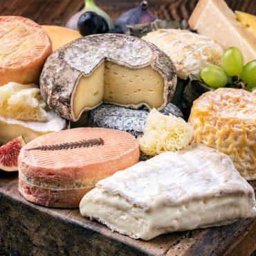 Cosa mangiare a Parigi: 10 piatti tipici imperdibili della tradizione Francese!