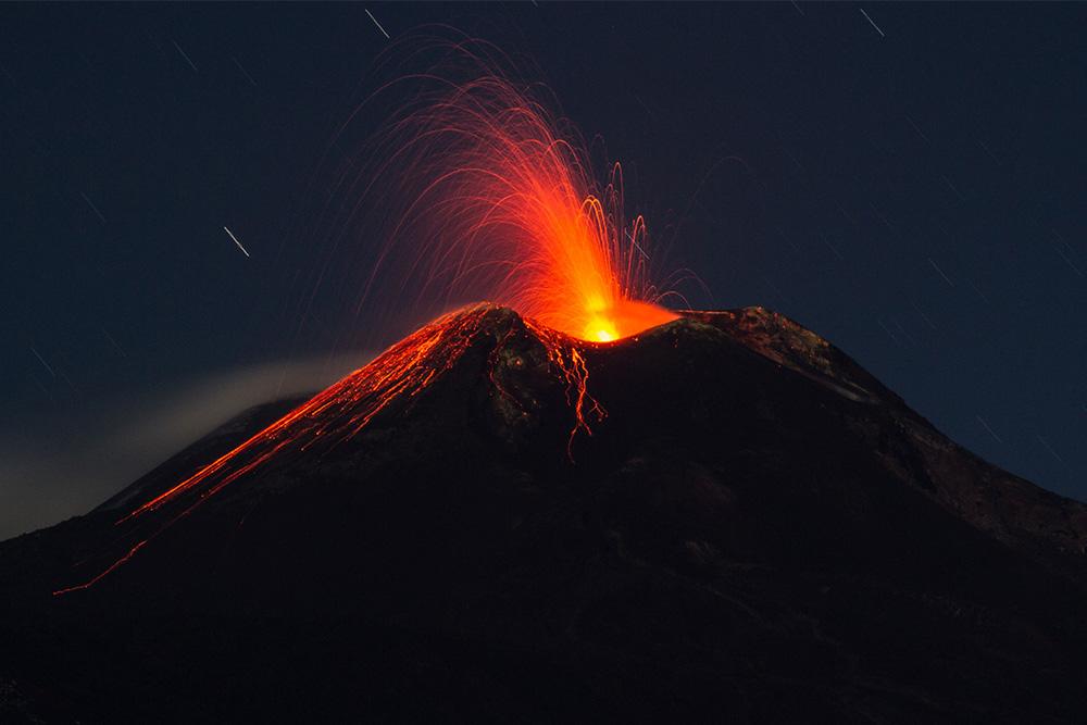 cosa-vedere-a-Catania-in-3-giorni-etna-vulcano-eruzione