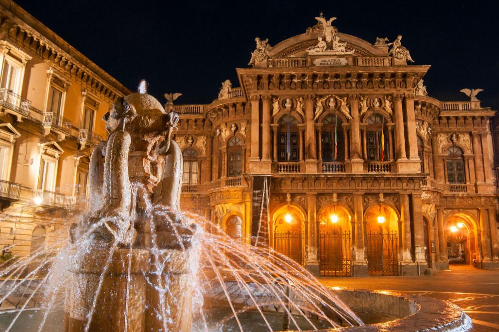 cosa-vedere-a-Catania-in-3-giorni-piazza-vincenzo-bellini