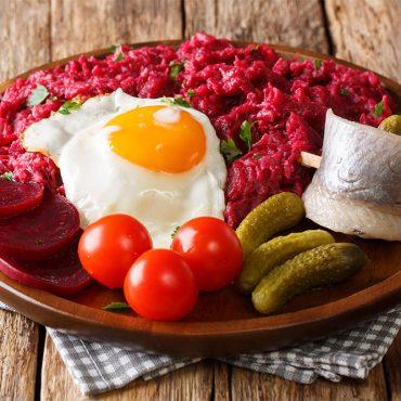Cosa mangiare ad Amburgo: le 5 pietanze tipiche che devi assolutamente provare!
