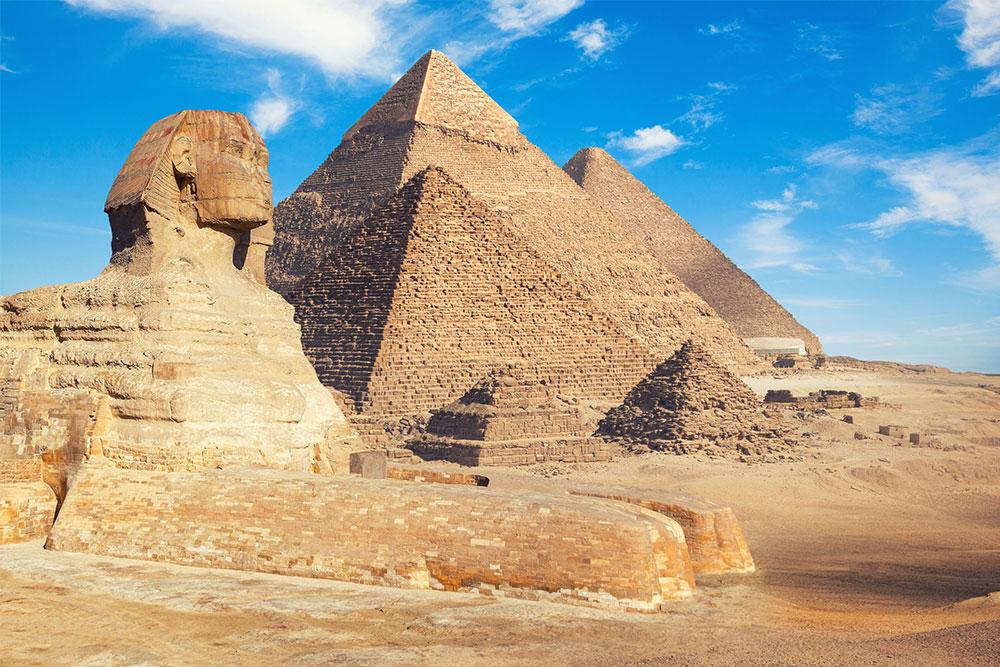Le-7-meraviglie-del-mondo-antico-piramide-cheope