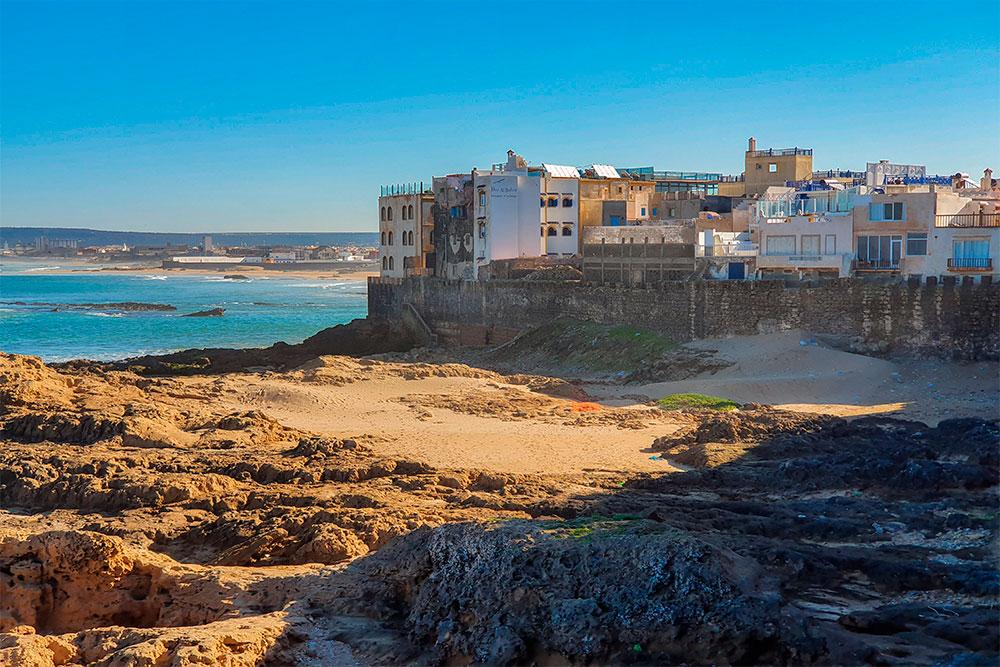 Da-Marrakech-a-Essaouira-vista-città-spiaggia-bastioni-portoghesi