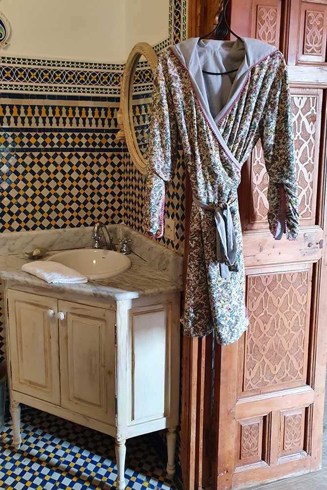 Riad-a-Rabat-bagno-tipico-marocchino-vestaglia