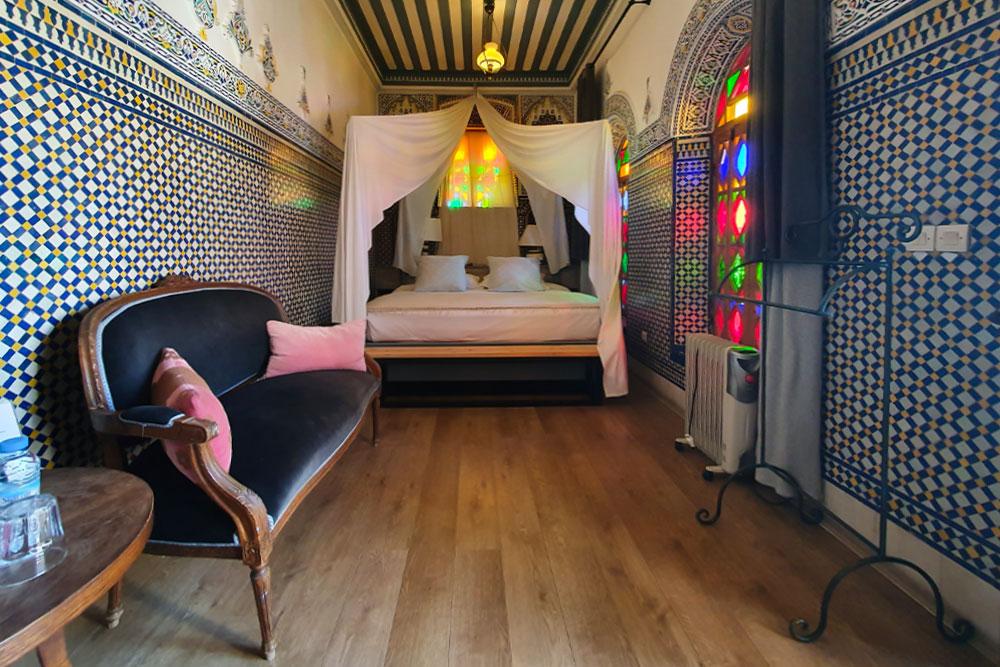 Riad-a-Rabat-camera-da-letto-la-belle-endormie-dar-mayssane