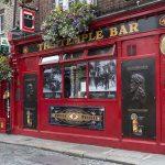 dublino-quando-andare-temple-bar-pub-rosso-famoso