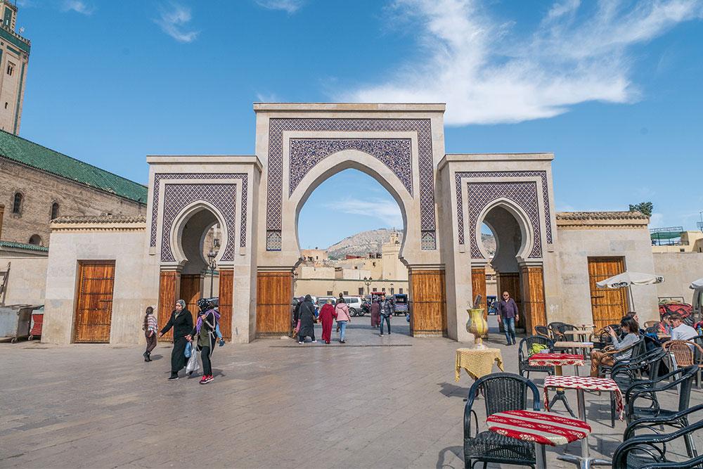 porta bab fes marocco positivitrip
