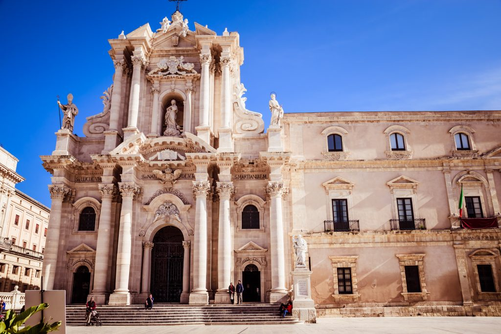 cattedrale-siracusa-sicilia-on-the-road