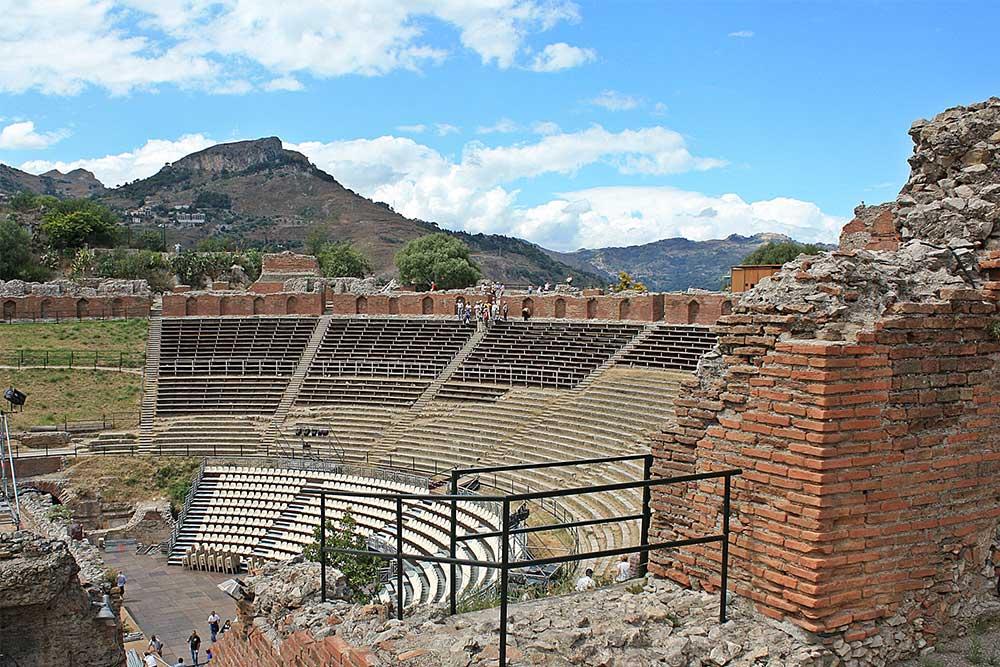 sicilia-on-the-road-teatro-greco-tindari