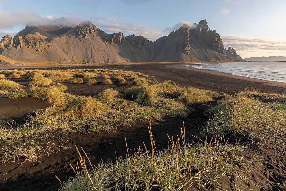 Vestrahorn-monte-aurora-boreale-viaggio-di-gruppo-islanda
